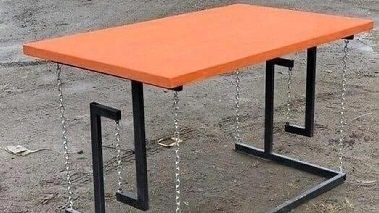 【画像】物理法則を無視してるように見えるけど成り立ってる机が発見される