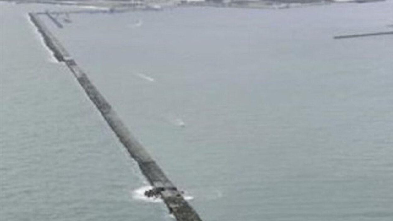 【画像】10年で30人以上の釣り人を飲み込んだ鹿島港の堤防がこちら