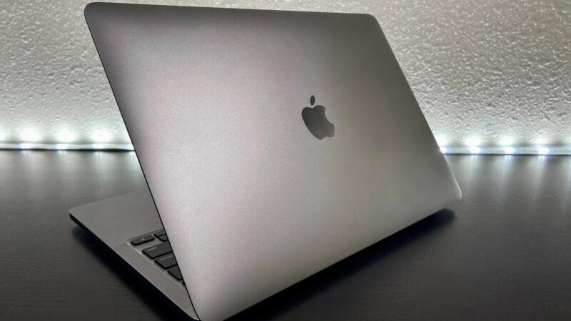 MacBook M1買ったやつおるか?