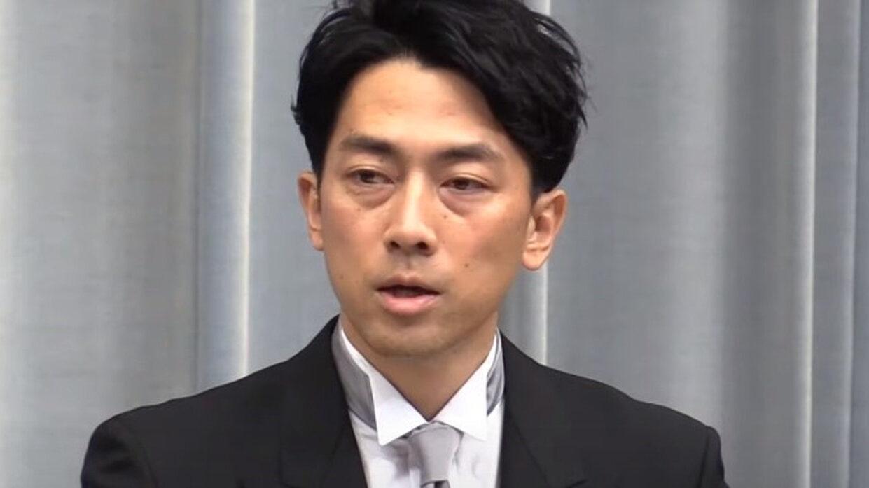 【悲報】小泉進次郎「日本の養鶏業者は鶏を狭いケージで飼うのやめろ」