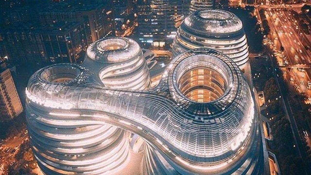 日本が諦めた「ザハ建築」が中国で建ちまくっていると話題に…