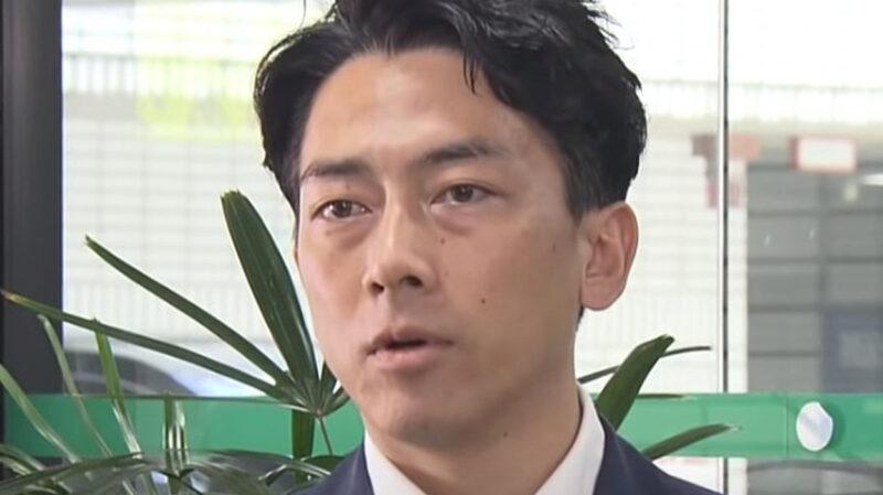 【悲報】小泉進次郎「コンビニの使い捨てスプーン有料化!次はプラ容器だ!