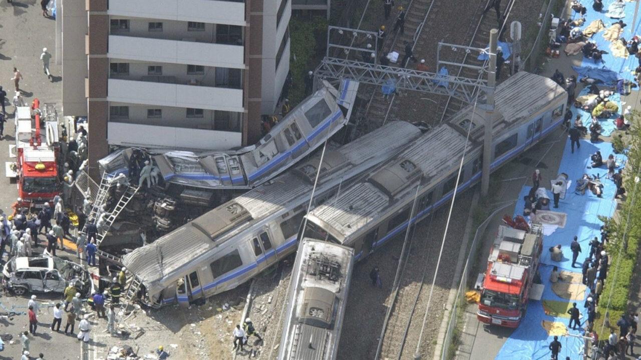 【2005年】JR福知山線脱線事故 107名が死亡