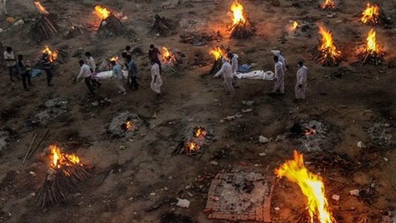 【画像】インドの火葬場がガチでヤバい…