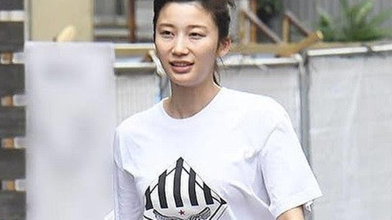 【悲報】朝倉未来の彼女、小倉優香さんのファッションww