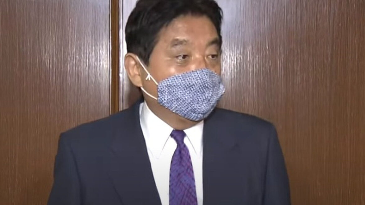 【金メダルかじり】河村市長、トヨタに謝罪へ行くも車の中でお詫びする